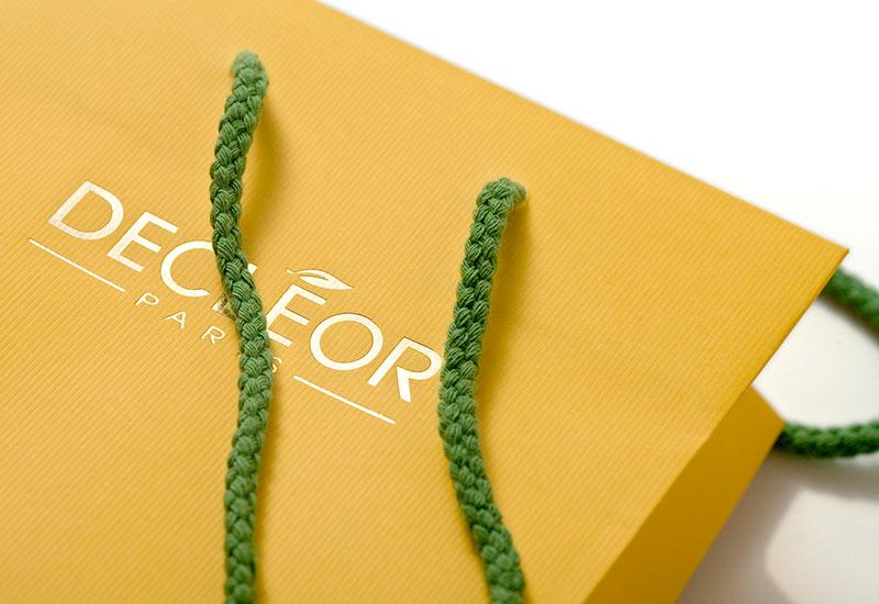 Decleor,-Papierprägung,-mattkaschiert