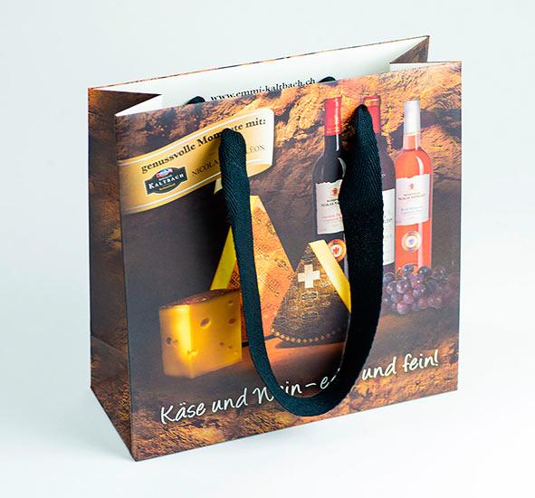 Papiertaschen-Emmi-mattlaminiert,-baumwollband